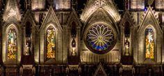 Jaime Ramos Méndez: Vitrales, imágenes de los apóstoles y rosetón central del Santuario Guadalupano de Zamora en Michoacán - Fotografía de A...