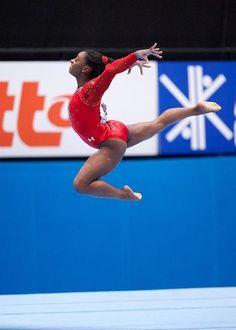 Wooohooo Simone Biles world champion! Gymnastics Posters, Gymnastics Videos, Artistic Gymnastics, Olympic Gymnastics, Olympic Sports, Gymnastics Girls, Gymnastics History, Rhythmic Gymnastics, Black Gymnast