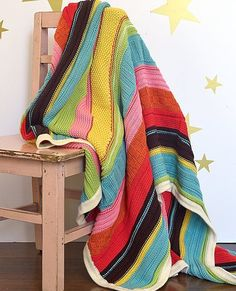 Colorburst throw by #hannahome | #sunnydaygiveaway