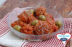 Polpette con olive e pomodori secchi | Cirio @hannekeharkema  #foodblogger #pomodoro #ricetta #recipes #tomato #recipe #italianrecipe #polpette #olive #pomodori #pomodorisecchi #cuordipelato