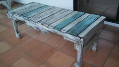 DIY Pallet Wood Coffee Table | 99 Pallets