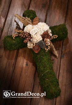 Grave Flowers, Cemetery Flowers, Funeral Flowers, Spring Home Decor, Fall Decor, Christmas Table Decorations, Christmas Wreaths, Flower Factory, Cemetery Decorations