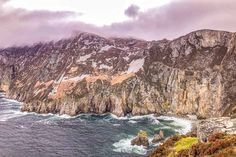 11 Unmissable Experiences on the Wild Atlantic Way in Donegal, Ireland - Brogan Abroad Winter Travel, Summer Travel, Best European Road Trips, Northern Lights Trips, Erin Green, Donegal, World Heritage Sites, Ireland, At Least