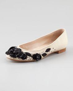 http://ncrni.com/oscar-de-la-renta-petalina-embroidered-ballerina-flat-p-12792.html