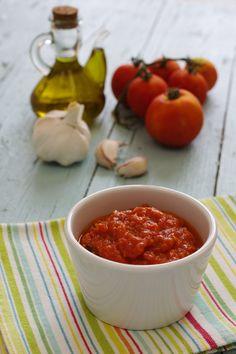 Cinco Quartos de Laranja: Molho de tomate com tomilho e manjericão