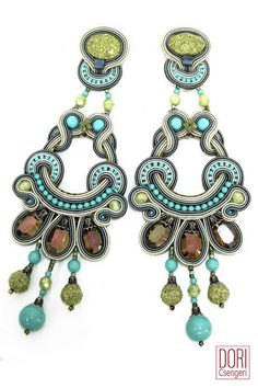 Esprit stunning chandelier earrings by Dori Csengeri #DoriCsengeri #chandelier #earrings #statement #turquoise #springtrends #fahsion #accessories