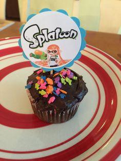 Soyez le premier de vos amis pour avoir dernier blockbuster hit dun Splatoon parti---Nintendo!!! Cette liste est pour 10 Splatoon cake