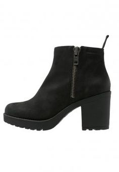 9b2ab038950381 Bottines   boots femme
