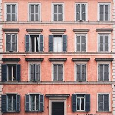 The Pink #straightfacade in #Rome
