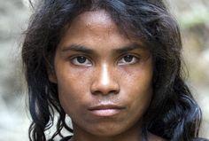 Seram, Suku Terasing, Zarah, 2006, Maluku Islands