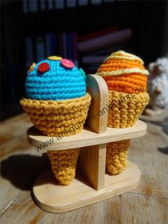 Amigurumi-Eis Best Picture For sitricken stirnband For Your Taste You are looking for something, and Crochet Food, Diy Crochet, Crochet Things, Crochet Ideas, Food Crafts, Diy And Crafts, Food Patterns, Play Food, Go Shopping