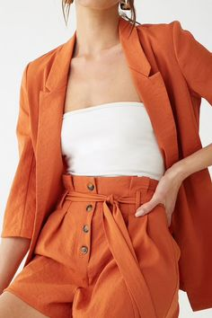 Forever 21 is the authority on fashion & the go-to retailer for the latest trends, styles & the hottest deals. Blazer E Short, Blazer And Shorts, Belted Shorts, 70s Fashion, Korean Fashion, Fashion Outfits, Petite Fashion, Curvy Fashion, Fall Fashion