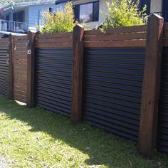 10 Modern Fence Ideas for Your Backyard [Wood and Corrugated Metal Fence ]