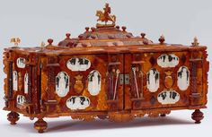 Reliquary casket of Saint Casimir by Anonymous from Gdańsk, ca. 1677-1678, Museo degli Argenti a Firenze, presented by bishop Mikołaj Stefan Pac (Mikalojus Steponas Pacas) to Cosimo III de' Medici