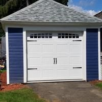 Pella Carriage House 96 In X 84 In Insulated White Single Garage Door With Windows Lowes Com In 2020 Carriage Style Garage Doors Single Garage Door Side Hinged Garage Doors