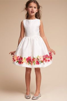 Gorgeous girls dress - ideal for almost every special occasion! Dress | white | flowers | sweet | #ad