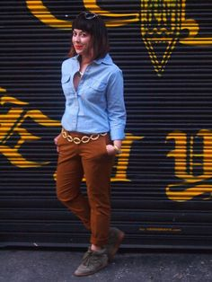 It's all in fit!  The True Slim fit that is.  Check out how Dina rocks her chino style on the blog Eye 4 Style. #CanvasChinos