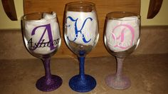 Wine glass - Personalized Wine Glass - Glitter stemmed wine glass - Birthday gift - Wedding Gift - Initial glass