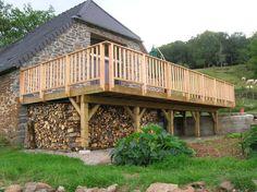 Terraces on Ständerwerk - ▷ wooden terrace: The building instructions to build yourself . Patio Diy, Rustic Patio, Backyard Patio, Budget Patio, Patio Steps, Patio Wall, Cement Patio, Gravel Patio, Entrada Frontal