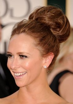 Classic Full-Volume High Bun Updo - Jennifer Love Hewitt Hair - Hairstyles Weekly