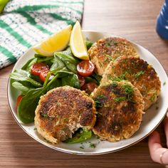 """Salmon Patties - """"The kids loved them. Making them again tonight."""" Full recipe at Delis - Salmon Recipes, Fish Recipes, Seafood Recipes, Dinner Recipes, Cooking Recipes, Healthy Recipes, Manger Healthy, Salmon Patties Recipe, Clean Eating"""