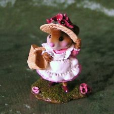 Wee Forest Folk M-348  TO MARKET -  Retired 2009  CONSIGNMENT
