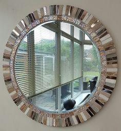 Mosaic Artwork, Mirror Mosaic, Mirror Tiles, Mirror Art, Diy Mirror, Mosaic Tiles, Handmade Home Decor, Diy Home Decor, Handmade Design