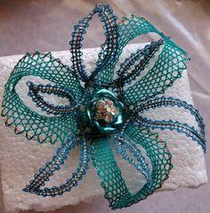 .flor verde y azul