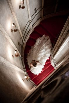 want a picture of this on my wedding day...reminds me of the phantom of the opera.
