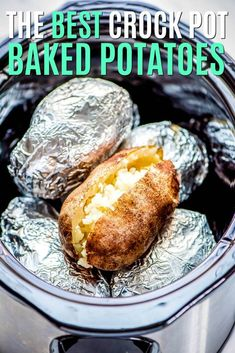 Crock Pot Baked Potatoes are the easiest way to cook a potato! Wrap them in foil. Crock Pot Baked Potatoes are the easiest way to cook a potato! Wrap them in foil & toss in the slow cooker for a delicious side that'll be ready for dinner! Crockpot Dishes, Crock Pot Slow Cooker, Slow Cooker Recipes, Gourmet Recipes, Cooking Recipes, Crockpot Meals, Healthy Crock Pot Meals, Crock Pot Dinners, Cooking Games