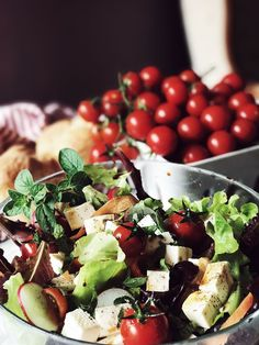 Healthy Italian recipes: the perfect summer salad | The Tomato Red Issue | The Gourmet Mag, an Italian Food Magazine