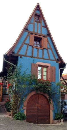 Adorable storybook cottage!