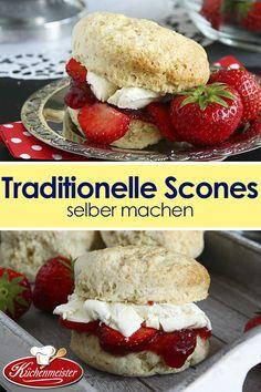 Scones sind eine traditionelle Nascherei zur Teezeit. Leicht und luftig werden sie traditionell mit frischen Erdbeeren, Marmelade und viel Sahne serviert. Ein Genuss Garant! Hamburger, Muffins, Sandwiches, Bread, Cookies, Desserts, Post, Irish Recipes, Kuchen