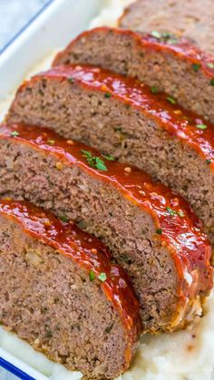 Meatloaf Meatloaf Recipe that is flavorful and juicy on the inside, with a delicious glaze spread on the outside.Meatloaf Recipe that is flavorful and juicy on the inside, with a delicious glaze spread on the outside. Meatloaf Recipe Video, Meatloaf Recipes, Meat Recipes, Cooking Recipes, Meat Loaf Recipe Easy, Amish Recipes, Dutch Recipes, Vegetarian Recipes, Vegetarian