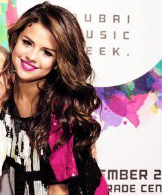Visit Selena Gomez @ http://thebrainmusic.com/ or follow https://twitter.com/thebrainmusic