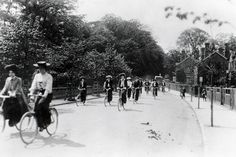 """""""Cadbury workers cycling in Bournville in 1905 © Trinity Mirror"""" Local History, British History, Moving To Australia, The Second City, Birmingham England, West Midlands, Travel Images, Best Cities, Old Photos"""