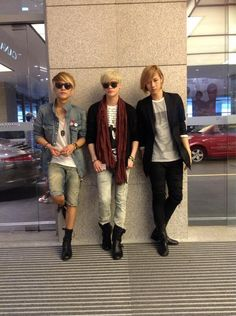 Yun, Sam, Teo!!!!! AAAAAH! Yah~! I wanna meet them.... Sam is even from England... How cool is that?