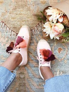 DIY tassel shoes