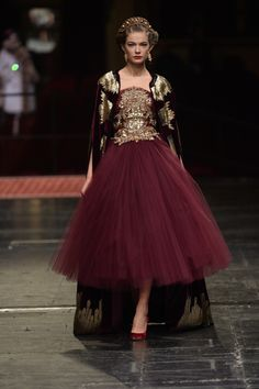 Dolce & Gabbana fashion show Haute Couture Spring-Summer 2016 COUTURE . love the red wine!