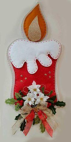 Handmade Christmas Decorations, Felt Decorations, Felt Christmas Ornaments, Christmas Art, Christmas Stockings, Christmas Projects, Felt Crafts, Holiday Crafts, 242