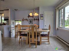 Entrée Bungalow, Table, Furniture, Home Decor, House, Decoration Home, Room Decor, Home Furniture, Interior Design