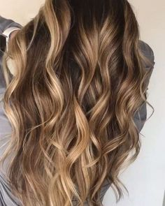30 Medium to Long Hair Styles - Ombre Balayage Hairstyles for Women 2019 - Brunette Hair Color With Highlights, Brown Blonde Hair, Hair Color Balayage, Blonde Balayage, Hair Highlights, Ombre Hair, Wavy Hair, Dyed Hair, Baylage Brunette