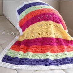 Dragonfly Blanket   Today's Feature on CrochetSquare.com ༺✿ƬⱤღ http://www.pinterest.com/teretegui/✿༻