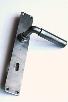 :: Door handle by Ferdinand Kramer for the New Frankfurt Bauhaus, c.1926 ::
