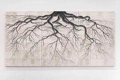 Roots des racines darbres sur des pages de la Bible du Coran et de la Torah Dessein de dessin