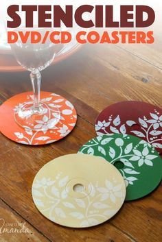 These pretty coasters are made from recycled CDs or DVDs. These pretty coasters are made from recycled CDs or DVDs. A little paint and these festive DVD coasters can be gracing your Thanksgiving table this year! Cd Crafts, Adult Crafts, Preschool Crafts, Crafts To Make, Worm Crafts, Creative Crafts, Recycled Cds, Recycled Crafts, Thanksgiving Crafts