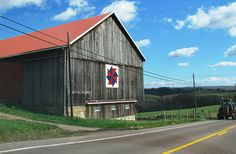 Image detail for -As we were coming back into MD from Ohiopyle, we saw this wonderful Amish quilt pattern on the side of the barn. Found out later they had these on many barns ...