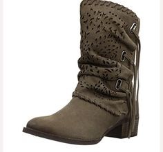 Prova Perfetto Square Mid Heel Women Ankle Boots Carve Hollow Out Martin Boots Round Toe Women Short Boots Boots For Short Women, Snow Boots Women, Short Boots, Suede Boots, Leather Boots, Ankle Boots, Casual Winter Boots, Winter Wear, Winter Outfits