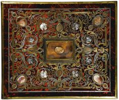 AN AGATE-MOUNTED MOTHER-OF-PEARL, BRASS AND PEWTER INLAID TORTOISESHELL PREMIÈRE-PARTIE BOULLE MARQUETRY AND EBONY LARGE JEWELLERY CASKET, PROBABLY ANTWERP AND BY HENRY VAN SOEST (1659-1726) EARLY 18TH CENTURY