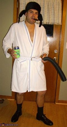 Cousin Eddie costume idea from Christmas Vacation. Sh**ter's  full!!   Love it.